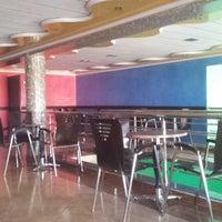 Photo taken at Café la perle by Mourad L. on 5/9/2014