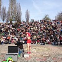Das Foto wurde bei Mauerpark von Jonas W. am 4/21/2013 aufgenommen