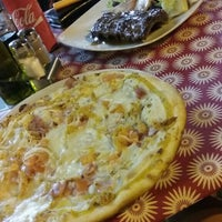 Photo taken at Pizzeria Italia by Jenny on 8/2/2016