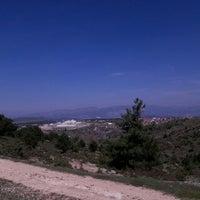 Photo taken at Bilinmedik bir yer by TC Ihsan D. on 4/1/2016