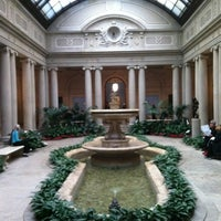 Foto diambil di The Frick Collection oleh Meddouri S. pada 3/19/2013