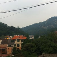 Photo taken at 커피볶는집 by 한철 조. on 8/7/2013