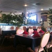 Photo taken at Apollo Greek Restaurant by Waldo S. on 11/6/2012