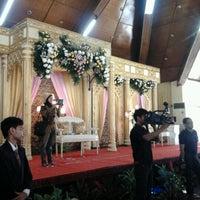 Photo taken at Gedung GOLKAR Serang by Astri K. on 11/6/2012