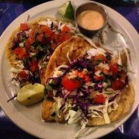 รูปภาพถ่ายที่ El Comal Mexican Restaurant โดย kenyatta c. เมื่อ 7/19/2013