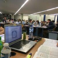 Das Foto wurde bei EBIB - Bibliotheek Faculteit Economie en Bedrijfswetenschappen von Wout V. am 12/30/2014 aufgenommen