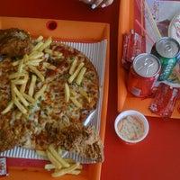 Photo taken at Pizza 20 | پیتزا بیست by Sanaaaz M. on 12/25/2015