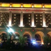 Photo prise au Casino Du Palais De La Méditerranée par Denis O. le10/8/2012