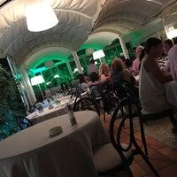 Foto scattata a Villa Verde Ristorante da eshraq b. il 9/12/2017