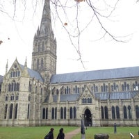 Photo taken at Salisbury Cathedral by Madebeikin R. on 11/17/2012