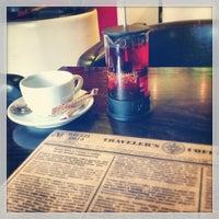 Photo prise au Traveler's Coffee par Alenka R. le5/25/2013