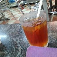 Photo taken at Restoran Al-Nazmaju by Nooreen K. on 2/26/2013