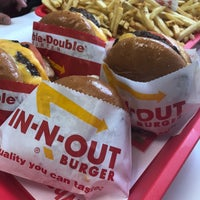 2/1/2018 tarihinde ju ©.ziyaretçi tarafından In-N-Out Burger'de çekilen fotoğraf