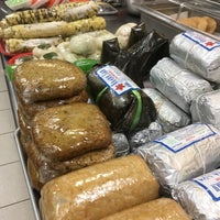 Photo taken at Huong Lan Sandwich IV & Fast Food by Melanie B. on 3/1/2017