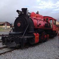 Foto tomada en Estación de Tren Chimbacalle por Gaby A. el 2/22/2013