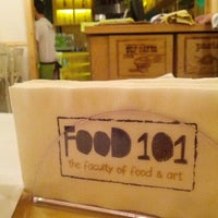 Photo taken at Food 101 by Alaa K. on 11/5/2012