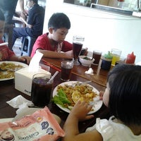 Photo taken at Wajan Oriental Cuisine by Yuyun Adyana S. on 1/26/2014