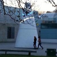 Снимок сделан в Warwick Arts Centre пользователем Gamel O. 11/23/2012