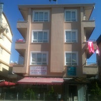 Photo taken at Özgü Kız Öğrenci Yurdu by em®ah ö. on 9/2/2013