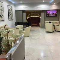 3/7/2017 tarihinde Germar B.ziyaretçi tarafından Hotel Serhs Rivoli Rambla'de çekilen fotoğraf