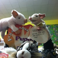 Photo taken at Curious Kidstuff by Mallory M. on 10/13/2012
