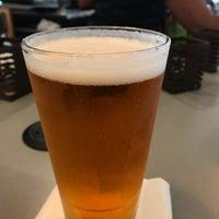 Photo taken at Sam Adams Atlanta Brew House- B Concourse by Isaias M. on 4/14/2018