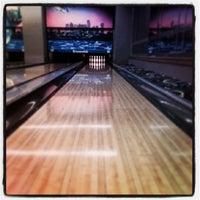 8/17/2013 tarihinde ilkcan s.ziyaretçi tarafından Rolling Ball Bowling'de çekilen fotoğraf