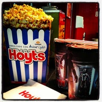 Foto scattata a Cine Hoyts da Samuel B. il 4/30/2013