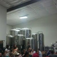 Photo prise au Buffalo Bayou Brewing Co. par David le7/20/2013