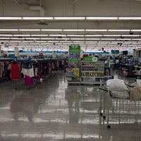 Photo taken at Ross Dress for Less by Jeff D. on 3/26/2017