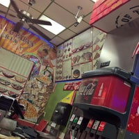 Photo taken at Big Mama's & Papa's Pizzeria by Jeff D. on 6/11/2016