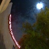 Foto tomada en CVS/pharmacy por Jeff D. el 12/17/2013