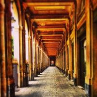 Foto tirada no(a) Jardin du Palais Royal por Lorraine D. em 5/13/2013