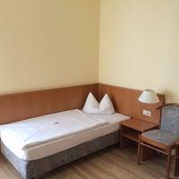 Das Foto wurde bei Hotel Thüringer Hof von Hotel Thüringer Hof am 5/17/2016 aufgenommen