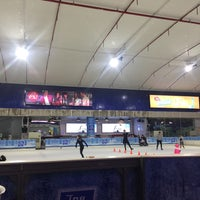 Photo taken at Sub-Zero Ice Skate Club by Pomme A. on 8/31/2017