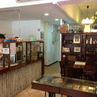 Photo taken at Dong Po Colonial Cafe | 東坡茶室 by Kevin L. on 7/10/2013