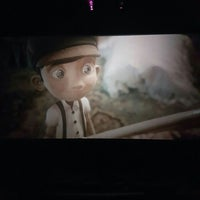 Photo taken at Henry Cinemas by Luis C. on 7/17/2016