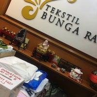 Photo taken at Tekstil Bunga Raya by Shaqira R. on 4/1/2017