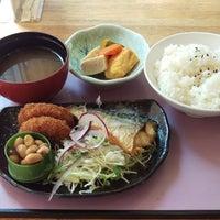 Photo taken at フルール 和歌山大学店 by Goegoe 0. on 8/1/2016