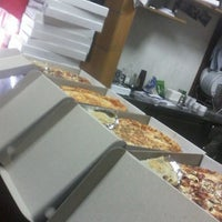 Photo taken at Pizza Delivery Minjon by Veronika S. on 11/1/2015