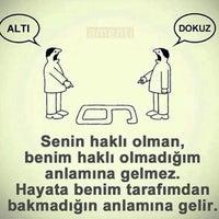 Das Foto wurde bei Altınoğlu Baklava-Dondurma von Çiğdem A. am 9/11/2016 aufgenommen