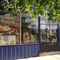 Foto scattata a El Mercado Food Mart da I3 I2 /\ [) il 7/14/2016