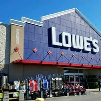 Photo taken at Lowe's Home Improvement by Miss Vicki on 4/8/2017