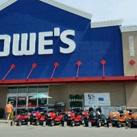 Photo taken at Lowe's Home Improvement by Miss Vicki on 5/20/2017