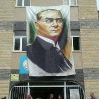 Photo taken at Musa Amca İlkokulu by Hasret K. on 4/23/2016