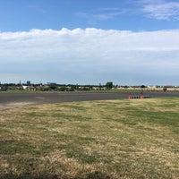 Foto tirada no(a) Tempelhofer Feld por Yair F. em 7/21/2016