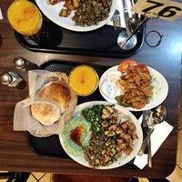 รูปภาพถ่ายที่ Aladdin's Mediterranean Cuisine โดย Sonya เมื่อ 11/27/2014