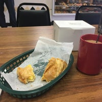 Photo taken at Hole In One Donuts by Lola J. on 2/24/2017