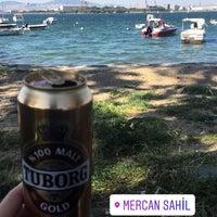 Das Foto wurde bei Mercan Sahili von Şafak Ababay 😎 am 4/28/2018 aufgenommen