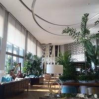 10/3/2017 tarihinde Ender T.ziyaretçi tarafından Akra Barut Lobby Lounge'de çekilen fotoğraf